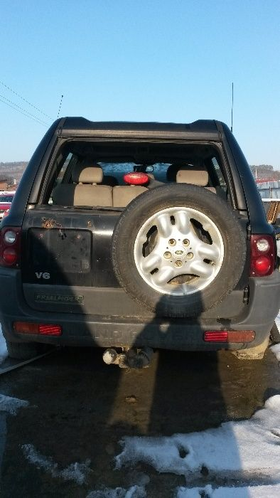 Dezmembrez Land Rover Freelander, An 2001, 2.5 Benzina