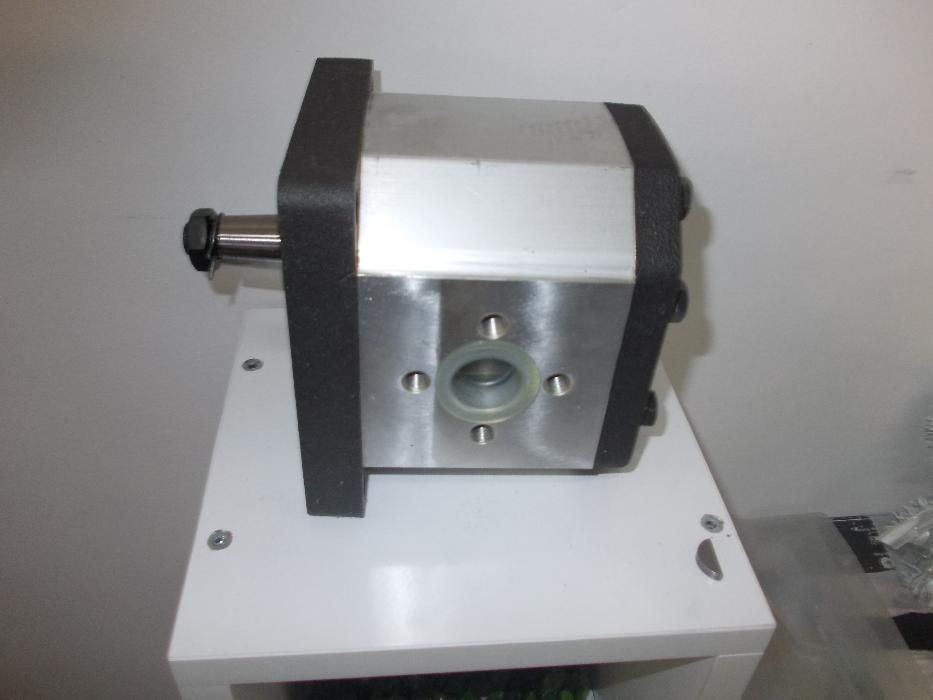 Pompa hidraulica grupul 3 - kit pompa multiplicator turatii