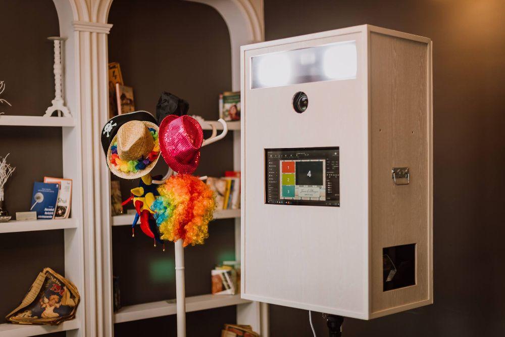 Inchiriere Photo booth - Cabina foto - Photobooth la SUPER PRET!