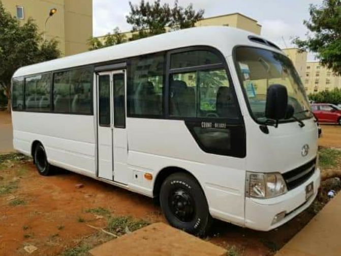mini-autocarro hyunday county