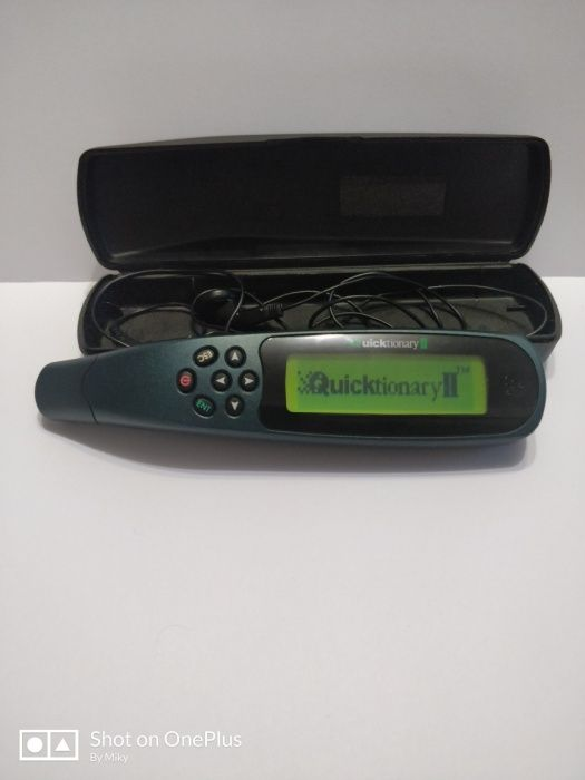 Wizcom Quicktionary II pen scanner portabil translator vocal
