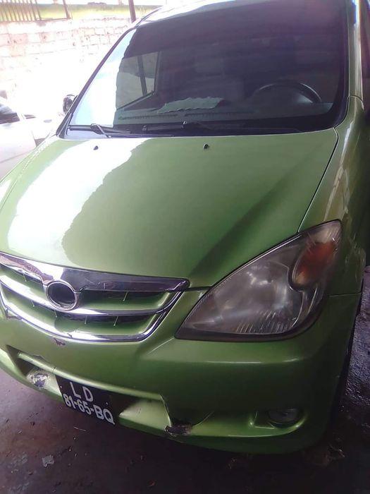 Toyota Avanza automatico