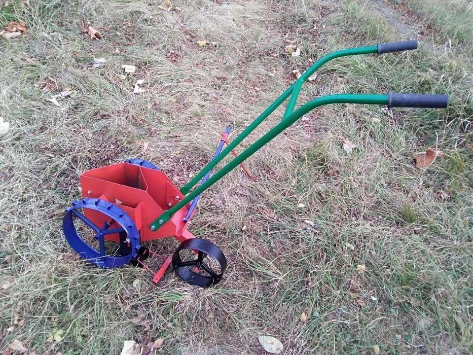Сеялка ръчна за Лук, Чесън и семена- от 2 до 17 мм в диаметър