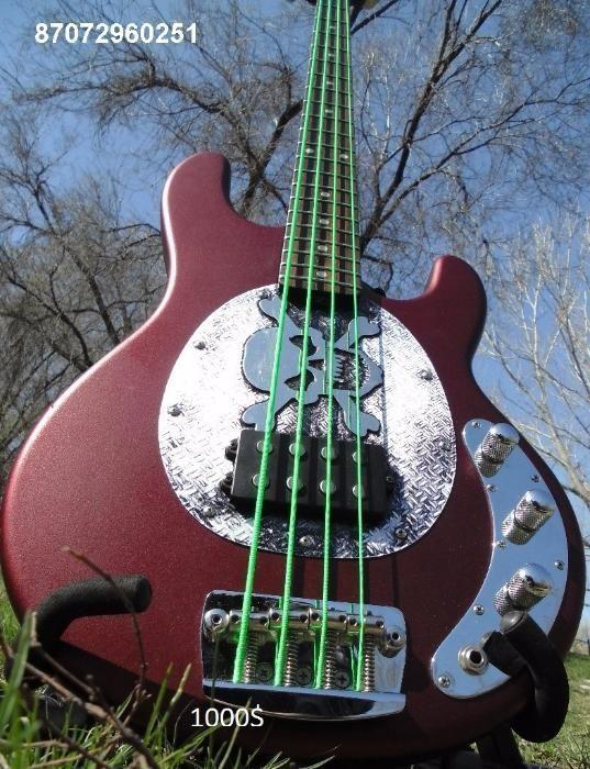 Бас-гитара Music man SUB- американская