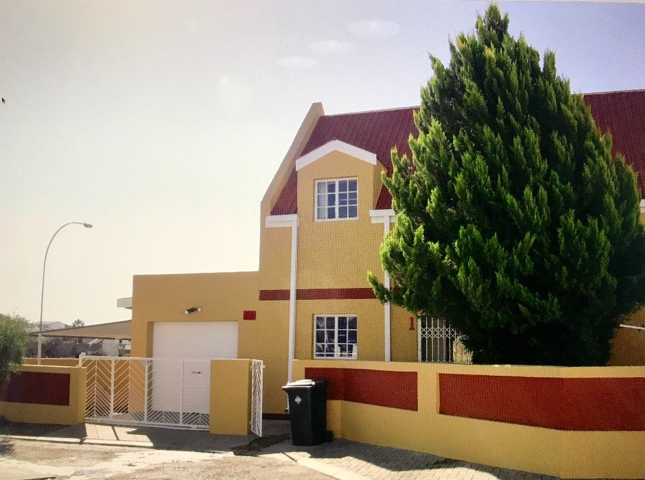 Vende-se casa na Namíbia