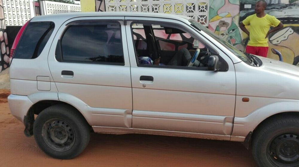 Vende-se Toyota Cami
