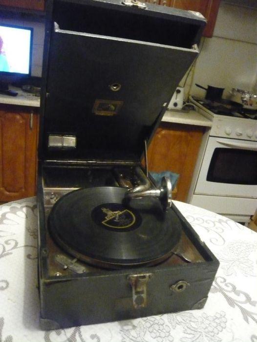 Patefon Gramofon His Masters Voice Anglia