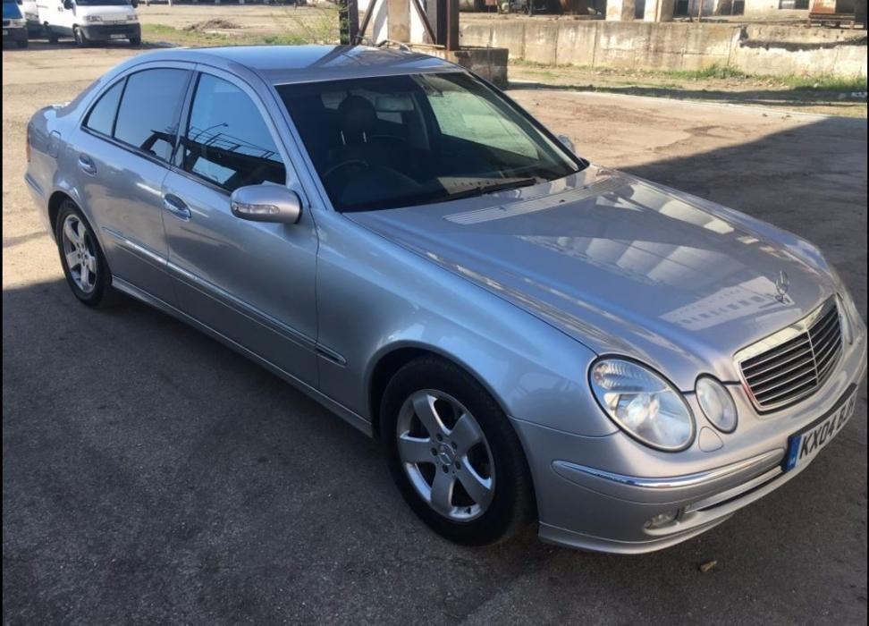Dezmembrez Mercedes E-CLASS W211 2005 Berlina 2.2