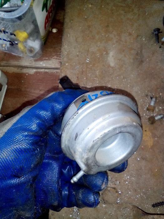 Вакуум клапан (Актуатор) БМВ е46 320д 150кс - BMW e46 320d 150hp