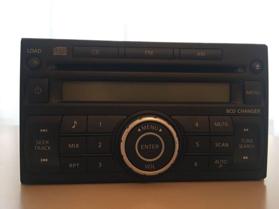 Автомагнитола на 6 дисков + радио для Nissan Qashqai 2008 года (J10)