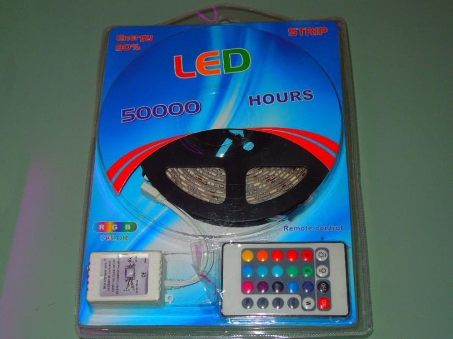 Kit Complet Banda Led RGB 5050 IP65 / 5m Adeziv 3M OFERTA!
