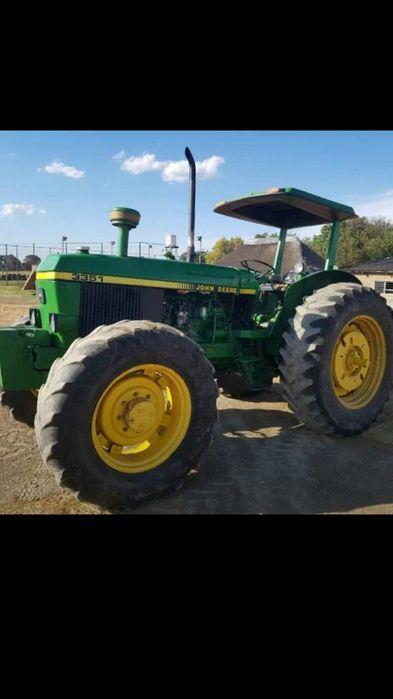 Tractores a venda na África do sul à 180000 rands