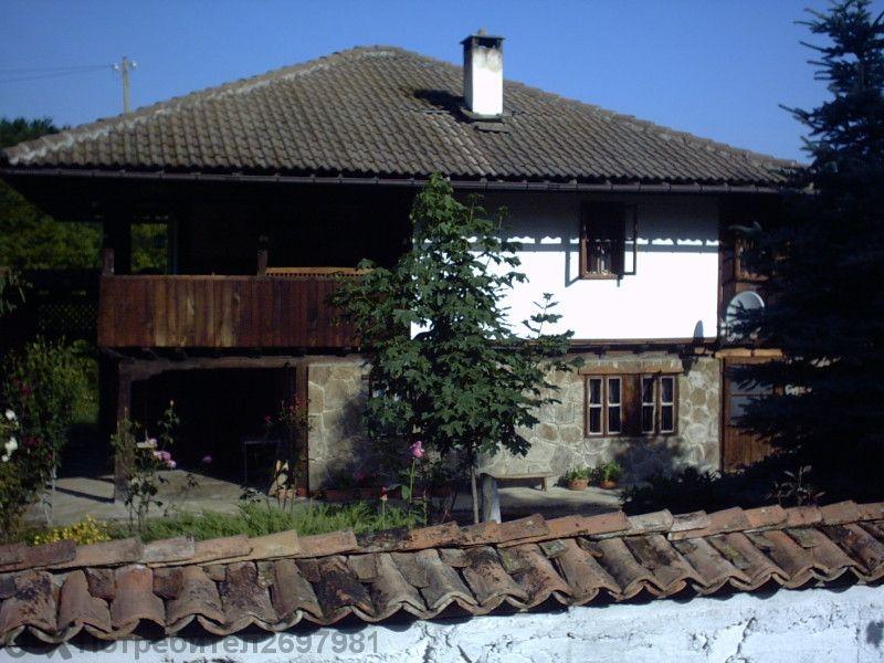Реновирана възрожденска Къща от 19 век.в Еленския Балкан