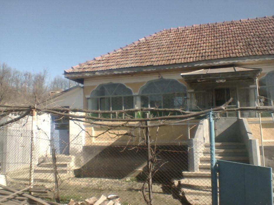 Vanzare  casa  3 camere Valcea, Livezi  - 12605 EURO