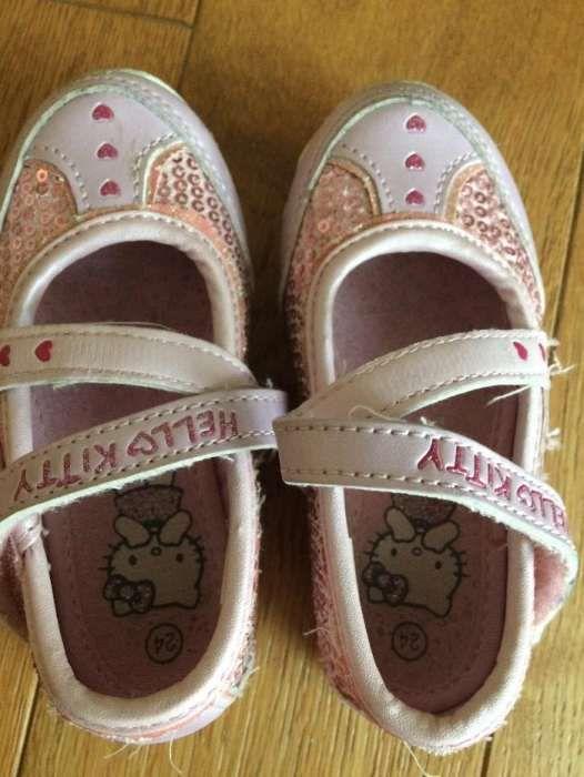 Pantofi fetite Hello Kitty nr. 24