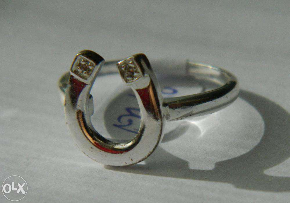 A69,inel argint 925,nou/marcat, potcoava cu zircon