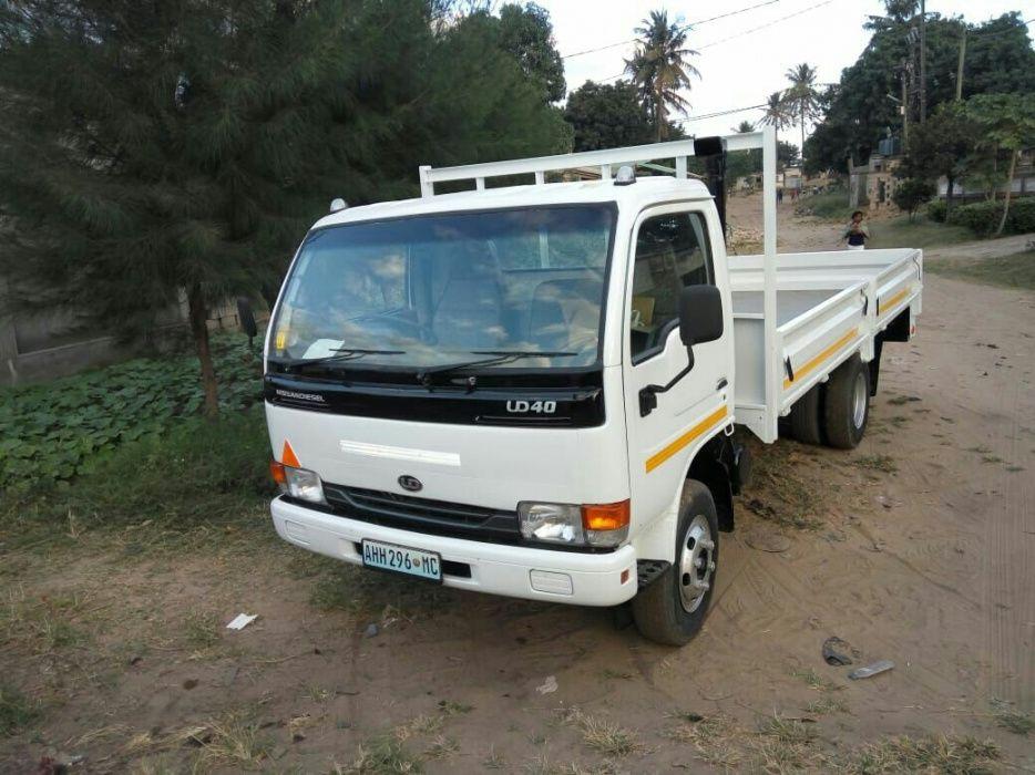 Nissan Diesel ud40