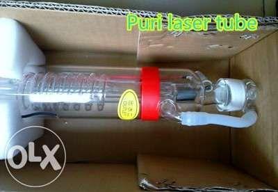 Tub laser CO2 100W pentru gravare si taiere