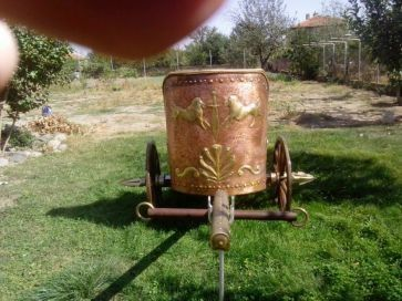 Продавам Тракийска бойна колесница