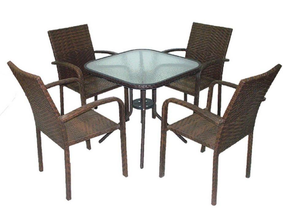 Столове и маси за градина 594125А от ратан