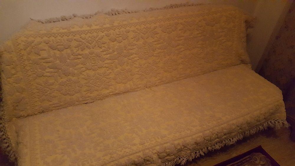 Covertură tradițională din lana pentru canapea, țesută manual