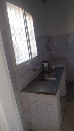 Mahota. T2 tudo dentro indepedente. Maputo - imagem 6