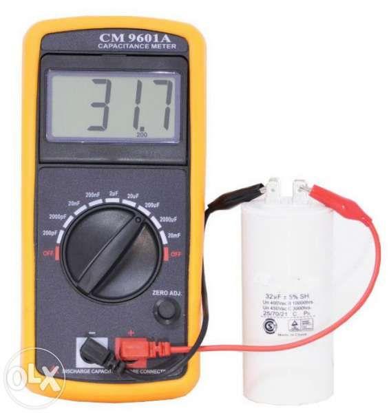 Капацитетмер CM 9601 - уред за измерване на кондензатори