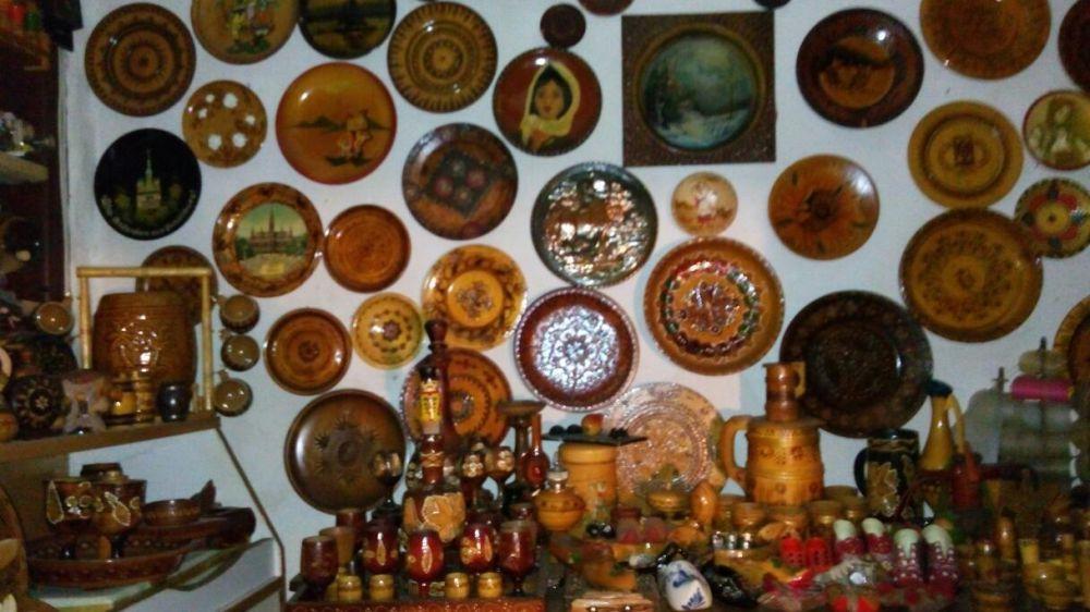 vand diverse obiecte de artizanat.preturi intre 5 si 200 ron.