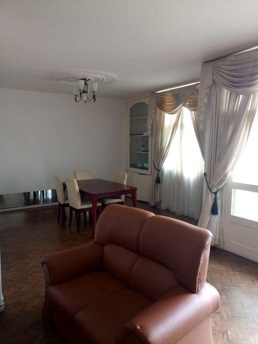 Arrenda se flat Avenidas j. Nyerere/Rua kassuende t3 com mobília