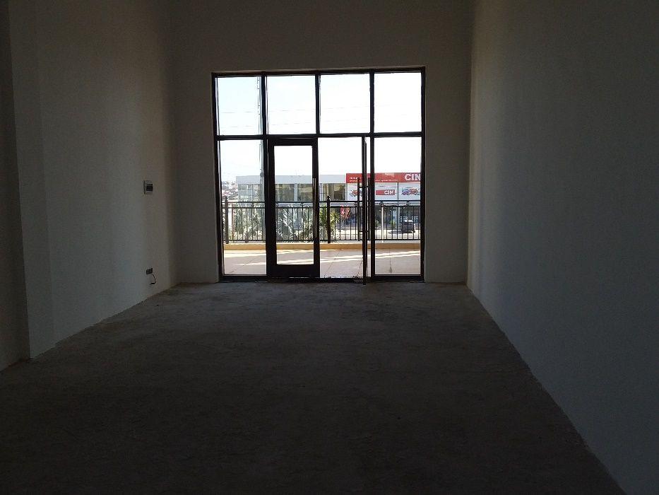Loja em aluguer - Condominio KUDITEMO Avenida do Patriota