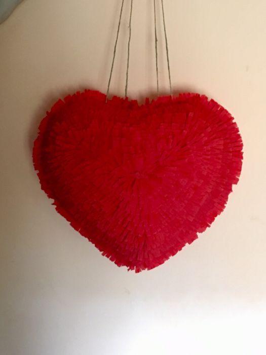 piniata in forma de inima