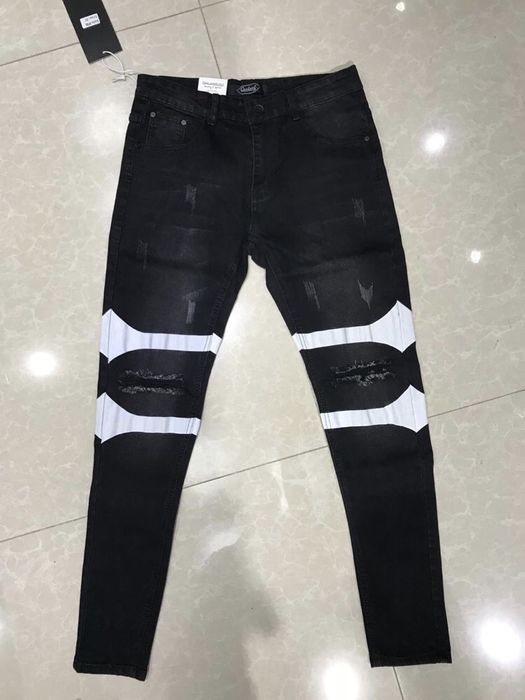 Calças jeans barras horizontal