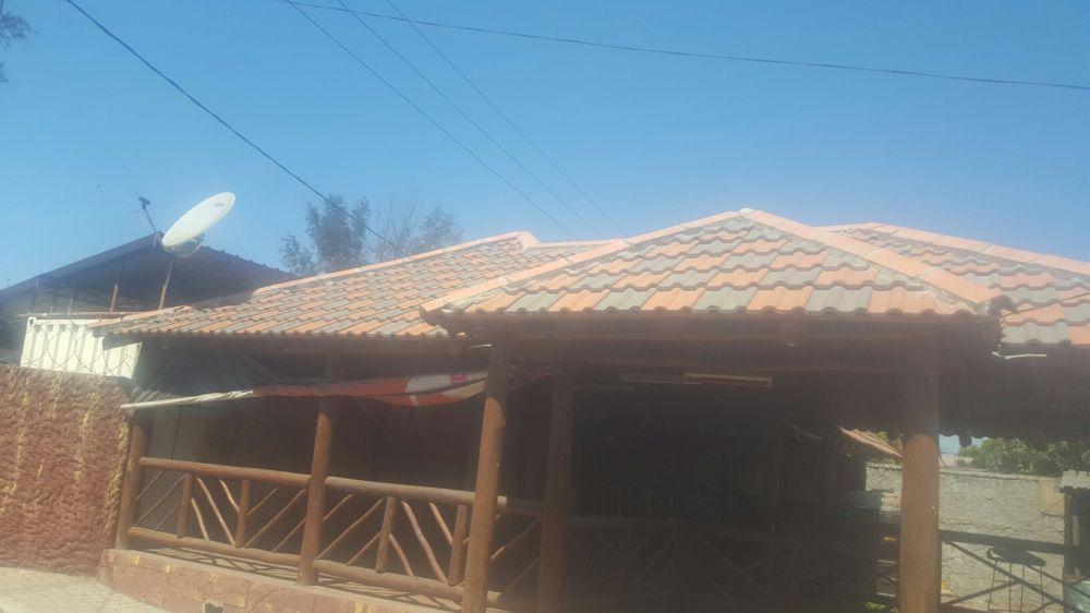 Arrendamento de um bar e lounge na estrada Julius nherere
