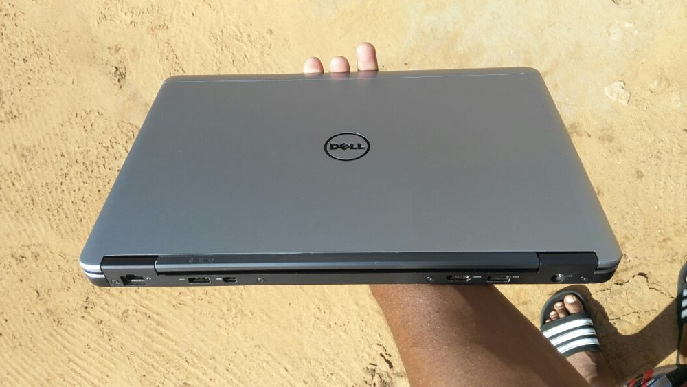 Dell latitude E7440 core i5 - 4th gen , 4gb RAM, 256 ssd, 14 polegada Magoanine - imagem 3