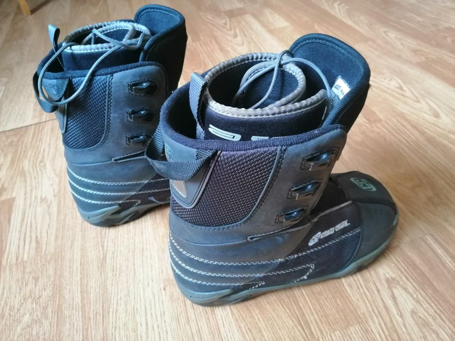 Детски Сноуборд обувки 37,5,Crazy Creek Snowboard-Boots 4,5