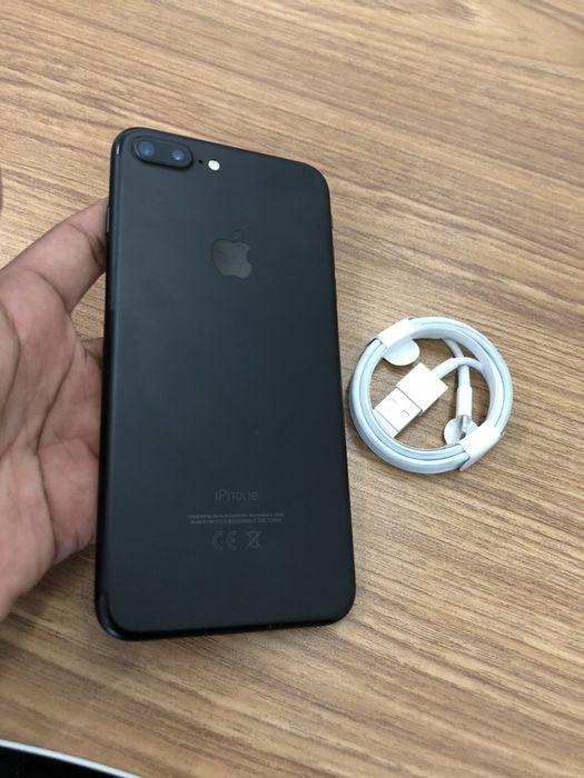 Apple iPhone 7 Plus 128GB Novo com cabo