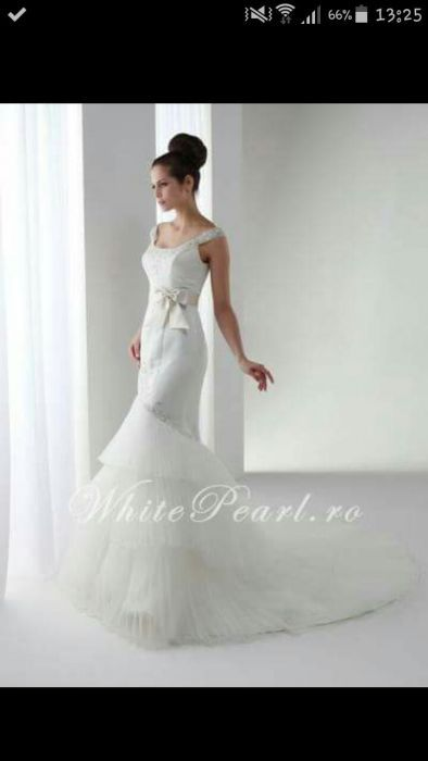 Rochie de mireasa tip sirenă White Pearl