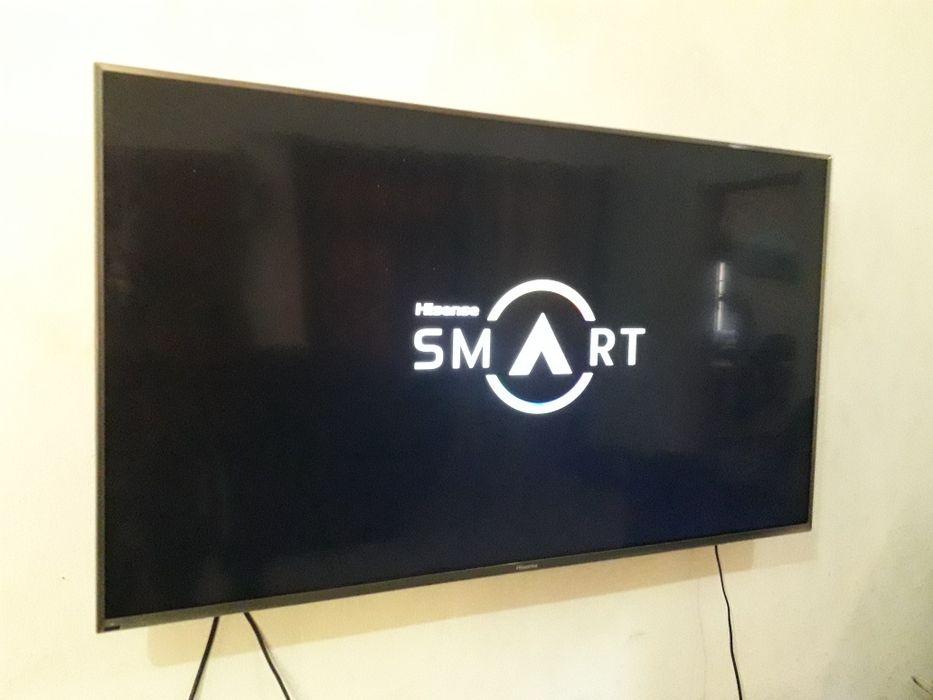"""TV Hisense 55"""" smart UHD 4k"""