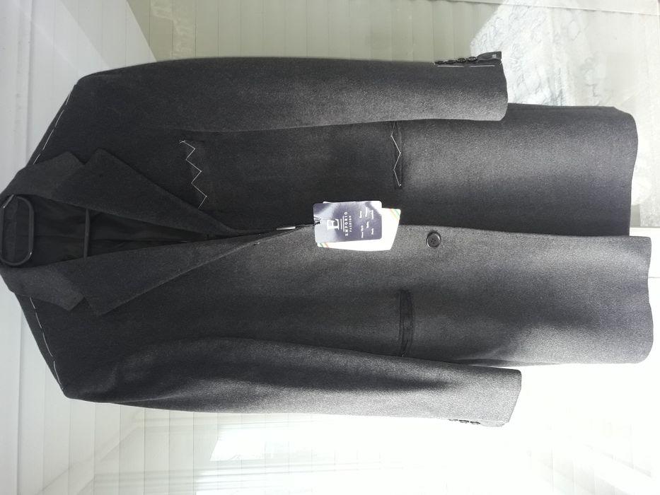 Palton barbatesc
