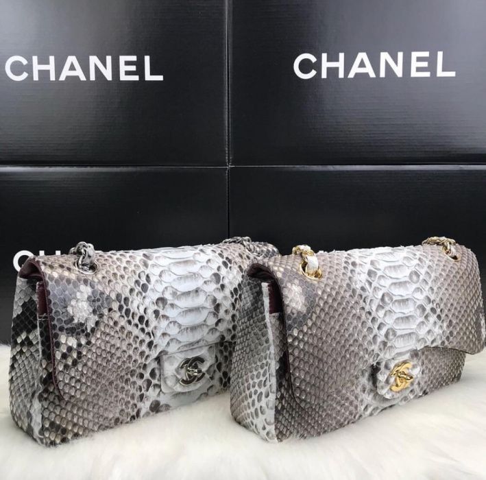 Geanta Chanel/piele piton/100%Cod de autenticitate in interiorul genți