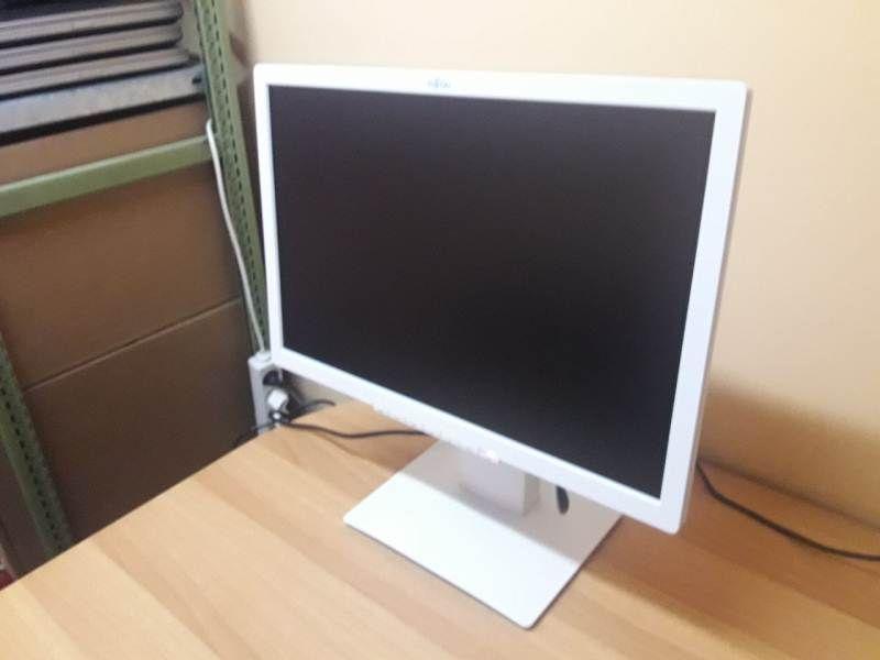 22'' Fujitsu B22W-7 LED -monitor - Като НОВ !!!