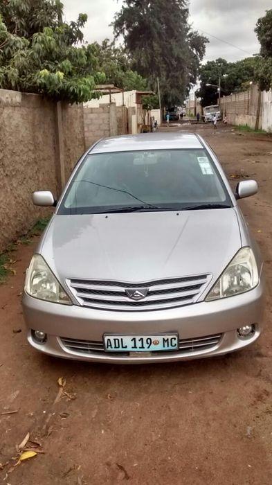 Vendo Toyota allion clean
