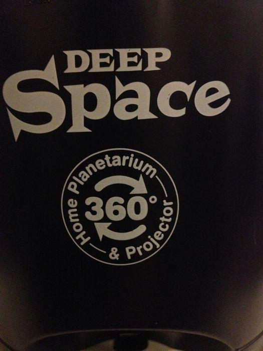 Deep space planetarium projector