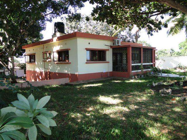 Excelente casa mobilada com jardim em aluguer na melhor zona de Pemba
