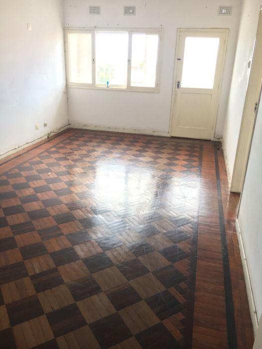 Arrenda-se Apartamento T2+1 3°Andar na Polana Bairro Central - imagem 1