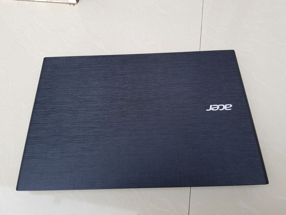 Laptop acer TravelMate core i7