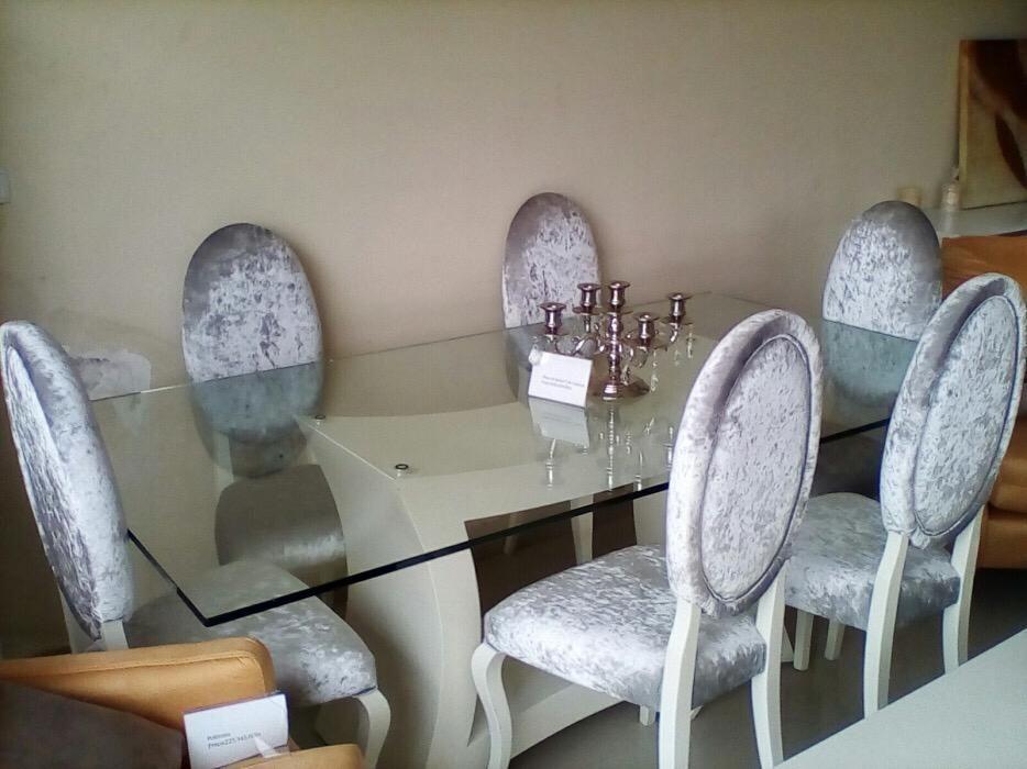 Mesa de seis cadeira