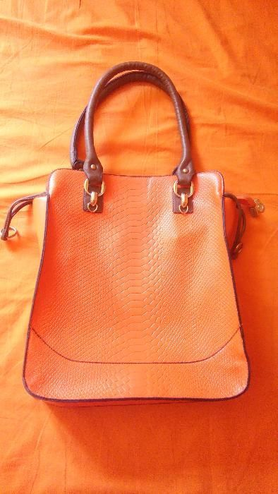 SET geanta mare + geanta mica