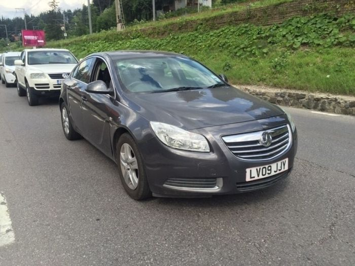 Dezmembrez Opel Insigna 2.0 cdti A20DT