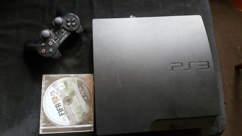 Ps3 com joystick e FIFA 12